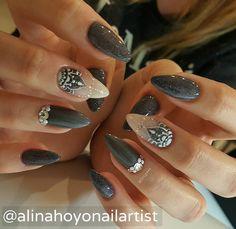 #alinahoyonailartist#nailart#nails #nailartmagazine #prettynails #nailtutorial #nailarnailartaddict#gelnagels #love# #instanails#instanailart#nailpromagazine#nailsmagazine#nailswag#swarovski