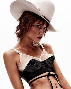 zana-tim-ashton-western-fashion8