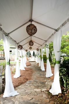 Dressing up a tent for a wedding