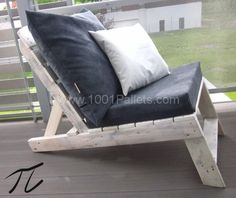 21 600x504 Upcycled Terras design in pallet furniture  with Table Sofa pallet Chair Box