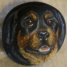 rottweiler-acrylic-on-stone