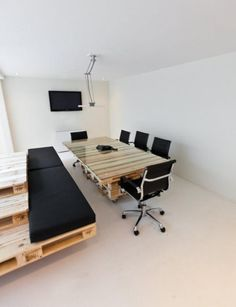 Wooden pallets office table and bench