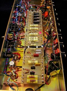 1 million+ Stunning Free Images to Use Anywhere Valve Amplifier, Audio Amplifier, Hifi Audio, Audiophile, Electronic Circuit Design, Diy Pc, Custom Car Audio, Audio Rack, Radio Design