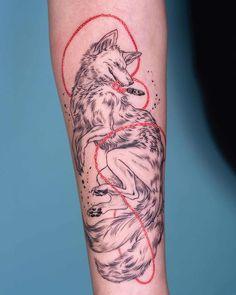 tattoo artists female ~ tattoo artists _ tattoo art _ tattoo art drawings _ tattoo artist aesthetic _ tattoo artists female _ tattoo art design _ tattoo artist quotes _ tattoo artist tips Hand Tattoos, Tribal Tattoos For Men, New Tattoos, Tattoos For Guys, Cool Tattoos, Geometric Tattoos, Sleeve Tattoos For Women, Tattoo Artist Tips, Korean Tattoo Artist