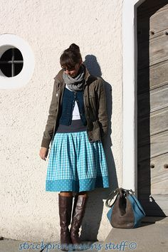 Als ich die Röcke der Rockmacherin das erstmal sah war ich hellauf begeistert. Eine moderne Form von Tracht und wie wunderschön. Als Nähner...