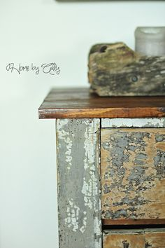 How to use STEEL WOOL & Vinegar & stain to create a rustic piece of wood