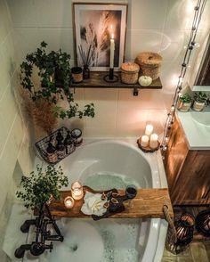 Cozy Bathroom, Bohemian Bathroom, Bathroom Styling, Bathroom Interior Design, Bathroom Ideas, Interior Home Decoration, Small Spa Bathroom, Interior Decorating Tips, Home Design Decor