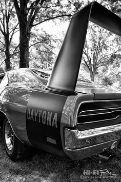 The Dodge Daytona. Classic Hot Rod, Classic Image, Classic Cars, Dodge Charger Daytona, Dodge Daytona, Plymouth Superbird, Dodge Srt, Dodge Muscle Cars, Dodge Vehicles