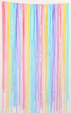 Rainbow Party Decorations, Rainbow Parties, Rainbow Birthday Party, Unicorn Birthday Parties, Birthday Ideas, 5th Birthday, Birthday Decorations, Streamer Backdrop, Party Streamers