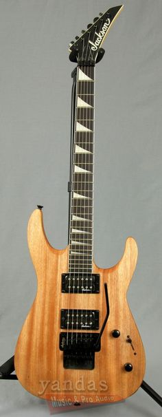 Jackson JS32 Dinky Electric Guitar The JS32 Dinky Arch Top has an elegantly…