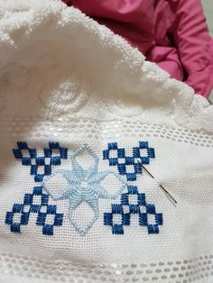 1 million+ Stunning Free Images to Use Anywhere Embroidery Suits Design, Hand Work Embroidery, Embroidery Designs, Drawn Thread, Thread Work, Blackwork Patterns, Cross Stitch Patterns, Free To Use Images, Filet Crochet