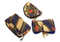 Cotton batik travel set, 'Jogjakarta Legacy' (set of 3) - Handmade Batik Cotton Cosmetic Travel Bags (Set of 3)