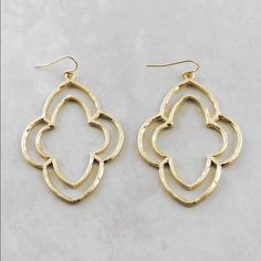 """Double lined delicate dangle earrings Price is for 1 pair.            2.75""""L Matte Metal. Gold / Silver metal.  ❤️this pair will be marked down to $16 this weekend so lemme know if u want ut❤️ Jewelry Earrings"""