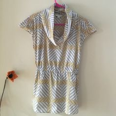 Banana Republic Top Gray, yellow and white print. Short sleeves with elastic waist. Material is like silk, Cowlneck that's the beauty of this blouse. Ties in the front or back.super chic and excellent condition. Banana Republic Tops Blouses