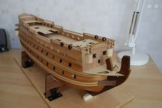 The Construction Of The San Felipe Ballustrading And Side Rails Model Ship Building, Decorative Mouldings, Model Ships, Plank, Old School, Construction, Military, Collections, Bottle
