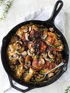 smothered skillet chicken with thyme butter mushrooms I howsweeteats.com