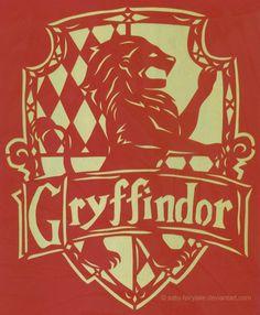 Gryffindor Crest Papercutting By Satu Fairytale