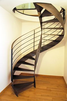 1000 images about brema escalier tout m tal helicoidal on for Comescalier colimacon metal