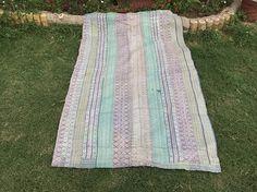 Vintage Kantha Quilt Throw Sari Rug Kantha Bedspread Couch