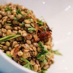 Salade de lentilles à la sauce soja Black Eyed Peas, Sauce, Salads, Beans, Vegetables, Cooking, Food, Simple, Vegetarian Cooking