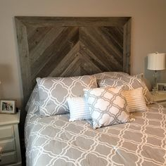 We specialize in custom built furniture designed to last a lifetime. Distressed Furniture, Pallet Furniture, Furniture Design, Barn Board Headboard, Diy Rustic Decor, Rustic Design, Chevron Headboard, Barn Wood Projects, Diy Projects