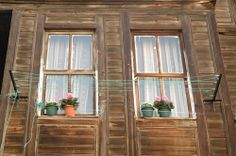 If you are aiming for photographing windows in Istanbul, I assure you will not fall short of picturesque windows if you go off the beaten track. Istanbul, Windows 1, Travelogue, Architecture, Arquitetura, Architecture Design