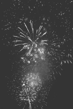 fireworks / Black & White Photography