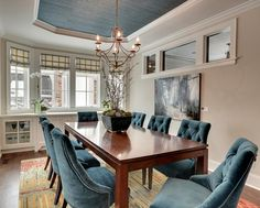 House of Turquoise: Great Neighborhood Homes I'm dying over these turquoise chairs!