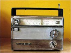 Sony-TR-911 Radios, Sony Electronics, Receptor, Old Technology, Transistor Radio, Box Tv, Ham Radio, No One Loves Me, Jukebox