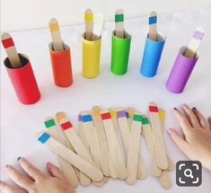 ⋆ Mothers Club - Montessori activities 2 years: 10 e Preschool Learning Activities, Baby Learning, Infant Activities, Teaching Kids, Fun Activities, Colour Activities For Toddlers, Teaching Colors, Color Sorting For Toddlers, Activities For 3 Year Olds