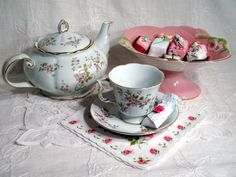 Tea Time in Pink!