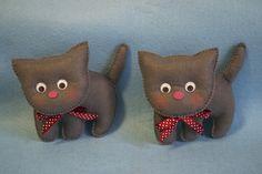 Котики - двойняшки