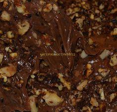 Ενα υπέρ σοκολατένιο γλυκάκι του πεντάλεπτου !!! ~ ΜΑΓΕΙΡΙΚΗ ΚΑΙ ΣΥΝΤΑΓΕΣ Pork, Food And Drink, Cooking Recipes, Sweets, Beef, Chocolate, Desserts, Kale Stir Fry, Meat