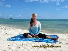 The Lateral Half Dragonfly Pose slowly opens your side body for Lung and Heart Meridian stimulation. Dragonfly Pose, Yin Yoga Poses, Coming Home, Lunges, Meditation, Chakras, Muscles, Beach, Fitness
