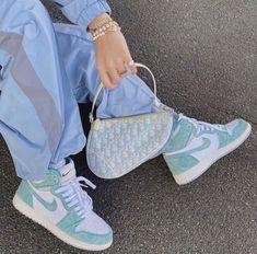 "Jordan 1 Retro High ""Turbo Green"" Por tan solo -Pedidos: www. Nike Air Max Ltd, Sneakers Mode, Sneakers Fashion, Fashion Shoes, Nike Fashion, Men's Fashion, Fashion Clothes, Fashion Women, Fashion Ideas"