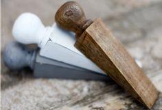 Coin de porte en bois patiné   Fabrication artisanale Bois de Manguier Effet patiné Longueur 15 cm | hauteur maximale 3 cm