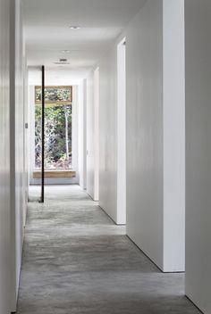 minimal corridor