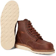 Red Wing Shoes 1907 Classic Moc Leather Boots ($280) ❤ liked on Polyvore featuring men's fashion, men's shoes, men's boots, red wing mens shoes, mens leather shoes, red wing men's boots and mens leather boots