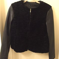 ZARA Basic Faux Leather/Fur Jacket Black ZARA Basic half fur/half faux leather jacket. Size Medium. Like new only worn once or twice! Zara Jackets & Coats
