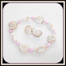 beaded pink shell bracelet and earrings