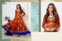 Buy latest Anarkali salwar kameez from our different range of Salwar suits online. Mirraw offers best discounts and deals on shopping for Indian Anarkali Dresses. Indian Anarkali Dresses, Long Anarkali, Anarkali Suits, Salwar Suits Party Wear, Party Wear Dresses, Womens Clothing Stores, Clothes For Women, Salwar Kameez Online, Designer Anarkali