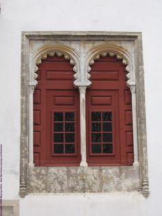 portuguese fancy window
