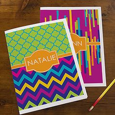 I love how bright and cheerful these personalized folders are! This site has tons of great organizational / office stuff!