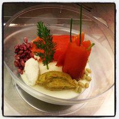 Panna cotta al parmigiano con salmone selvaggio, guancamole e cren , ricetta inserita da Luca Loris Barbiero