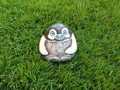 Rockpainting - Penguin 0003