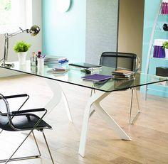 Bureau design en verre et métal CIZE, piètement coloris blanc laqué, Bureau en verre - HcommeHome