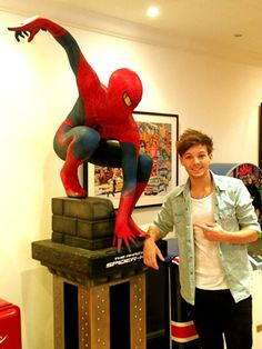 Considering I'm a Spiderman nerd and a Directioner this is the best thing I've seen all day