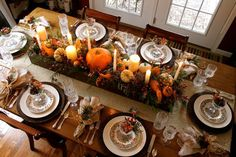 17 ways to use a long box as a centerpiece - love this autumn tables cape