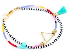 Adjustable African Bracelet Seed Bead Bracelet por HippieThings