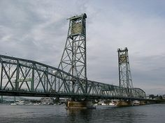 The Memorial Bridge was a through truss lift bridge that   carried U.S. 1 across the Piscataqua River between Portsmouth, New Hampshire and Badger's Island in Kittery, Maine (1923-2011). The bridge closed permanently to vehicle traffic on July 27, 2011, with replacement to be built by July 2013. The bridge closed to pedestrians & cyclists on January 9, 2012. Removal of the main lift span of the bridge was completed on February 8, 2012. Replacement bridge opened with a ceremony on August 8, 2013.